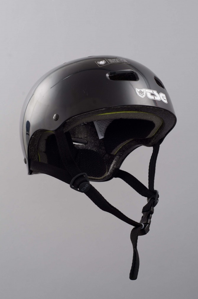 casque-tsg-skate/bmx-injected-color-black-5