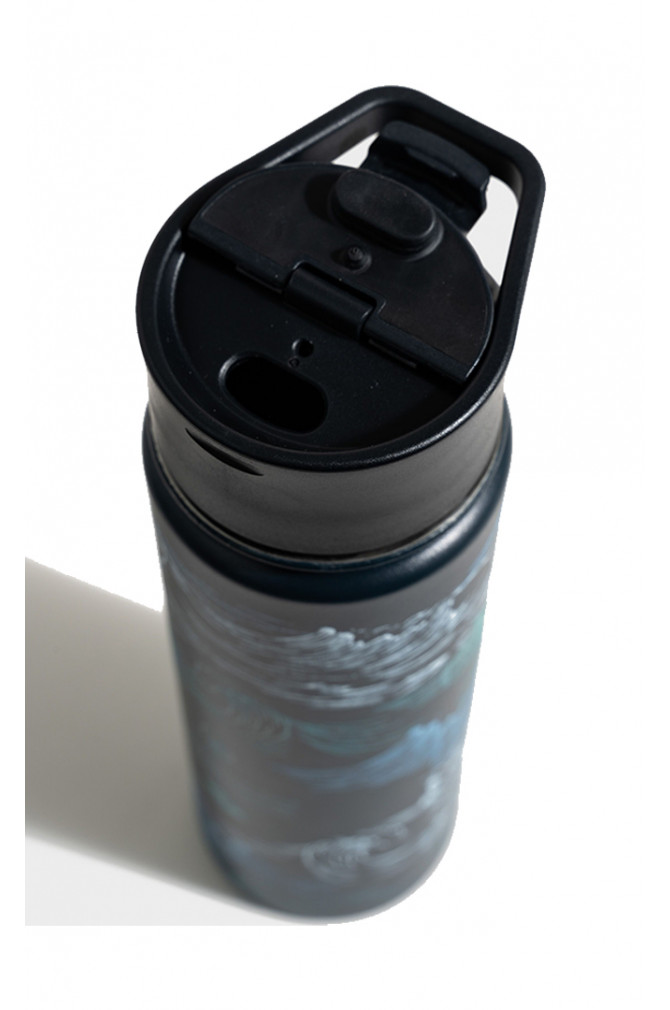 accessoires-united-by-blue-22oz-insulated-steel-bottle-5